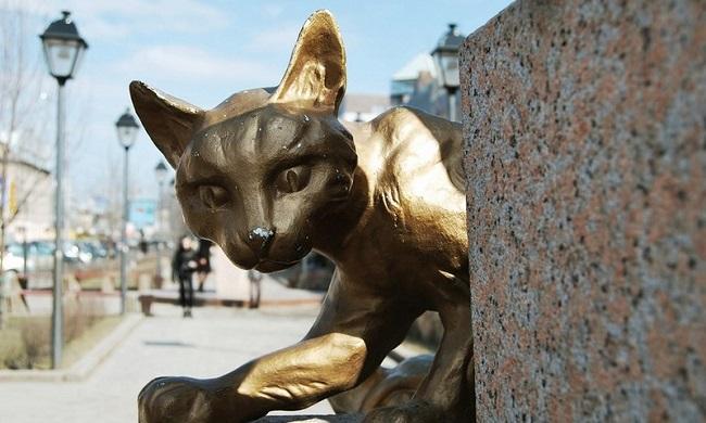 Кот, выживший в блокаду Ленинграда, Даниил Гранин, Алесь Адамович, Бочонок Мёда для Сердца