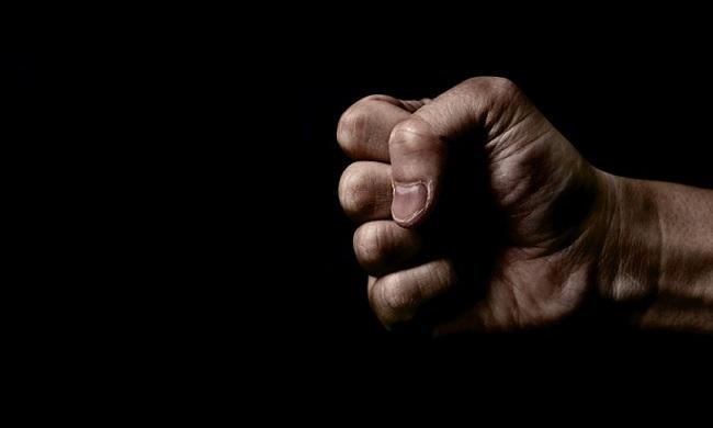 Я не буду драться, Фирейдон Батмангхелидж , Бочонок Мёда для Сердца